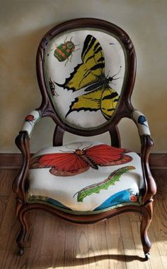 This is the front of the Butterfly Chair that Noelle created with a Victorian Frame and South African Prints. http://noelschairs.tumblr.com/: