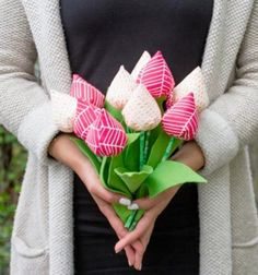 DIY easy sewn tulip bouquet - fabric tulips // Textil tulipánok egyszerűen - varrott textil virág csokor // Mindy - craft tutorial collection //
