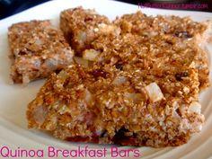 Quinoa Breakfast Bars: healthy bars for on the go made with @Chobani via @NutButterRunner