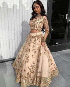 cost of indian wedding dress Indian Prom Dresses, Indian Fashion Dresses, Indian Bridal Outfits, Indian Party Wear, Dress Indian Style, Indian Designer Outfits, Pakistani Outfits, Mode Bollywood, Glam Look