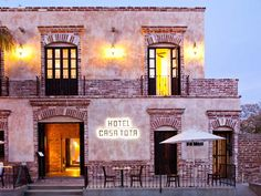 Casa Tota is a boutique 15 room hotel set in downtown Todos Santos.