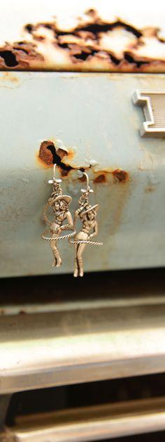 sweetheart of the rodeo earrings {junk gypsy co}