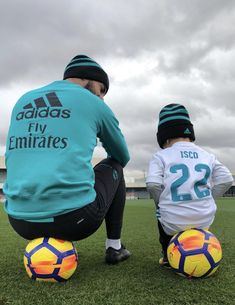 This is so cute!! #iscoalarconandson #realmadrid