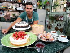Kanal 5 Play - United States of Cakes- Rödbetscupcakes