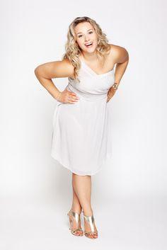 Are curvy women happier?@DrTrina Read investigates. #curvywomen
