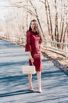 Holiday Lace + A Giveaway. - Pink Peonies by Rach Parcell Modest Fashion, Fashion Outfits, Fashion Styles, Fashion Ideas, Women's Fashion, Fall Dresses, Casual Dresses, Leotard Fashion, Royal Clothing