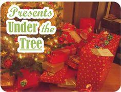 christmas presents under the tree | xmas+2010+Presents+under+the+tree.jpg