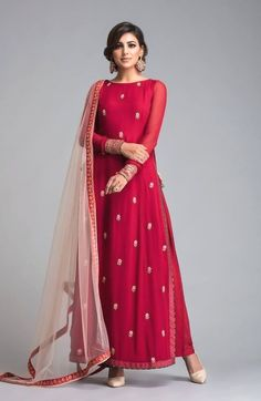 Buy Radiant Red Designer Partywear Embroidered Georgette Suit at Rs. Get latest Partywear suit at Peachmode. Salwar Designs, Blouse Designs, Dress Designs, Indian Attire, Indian Ethnic Wear, Indian Outfits, Anarkali Dress, Pakistani Dresses, Anarkali Suits