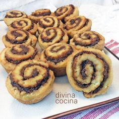 Receta Rollitos de Canela Chocolates, Apple Cinnamon Rolls, Choco Chocolate, Recipe For 4, Dessert Recipes, Desserts, Sweet Bread, Cakes And More, Sweet Recipes