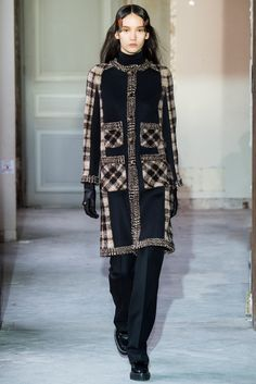 Veronique Branquinho Fall 2015 Ready-to-Wear - Collection - Gallery - Style.com