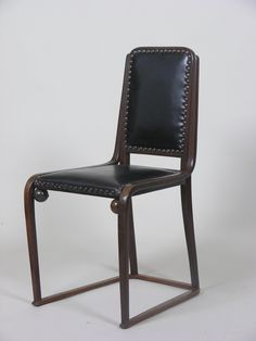 Beech and Leather Sidechair for J. Art Deco Furniture, Sofa Furniture, Vienna Secession, Love Chair, Bent Wood, New Chinese, Mid Century Chair, Cottage Interiors, Antique Chairs