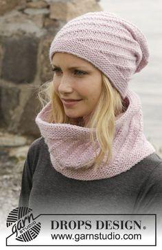 """Belinda's Dream - Cappello e scaldacollo DROPS lavorati ai ferri a maglia rasata con motivo a spirale in """"Nepal"""". - Free pattern by DROPS Design"""
