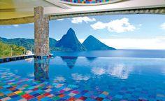 Hotellien upeimmat uima-altaat - näissä haluaisit pulahtaa