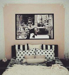 Bedroom / Queen Size Bed / Audrey Hepburn / Ikea Fur / Candles / Wall Frames