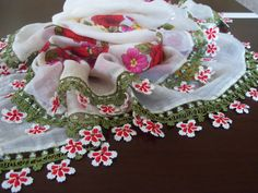 Red White DaisyGorgeous Turkish Traditional by colourfulrose, $29.90