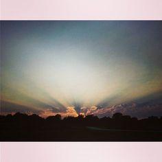 Que the impressive music!  #sunset #clouds #sunlight #godeffects #Nebraska