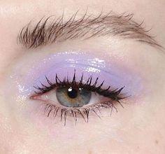 @evatornado wet lilac makeup