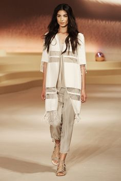 http://www.vogue.com/fashion-shows/spring-2016-ready-to-wear/elie-tahari/slideshow/collection