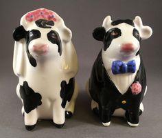 Vintage 1989 Clay Art COW BULL BRIDE & GROOM Salt & Pepper Shakers
