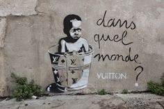 Beauvois: Holiday Treasures: The Stencils of EZK Street Art Street Art Banksy, 3d Street Art, Best Street Art, Street Artists, Graffiti Artists, Urbane Kunst, Sunday Inspiration, Chalk Art, Land Art
