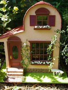 """Tuscan Dream"" dollhouse"