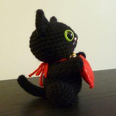 Valentine's Day Maneki Neko Amigurumi #crochet #kitty #cat