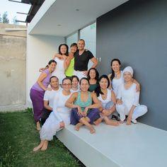 Alumnos del curso de yoga en Quito