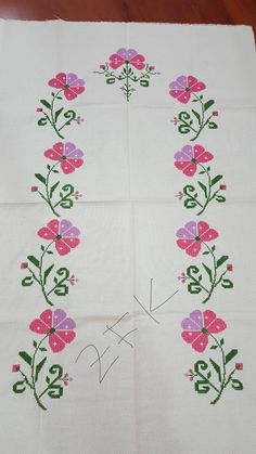 Stitch 2, Cross Stitch, Hand Embroidery Design Patterns, Asdf, Cross Stitch Borders, Towels, Counted Cross Stitches, Table Runners, Tulips