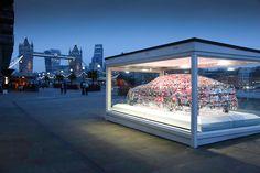Remarkable-Jaguar-XE-Word-Cloud-Sculpture-in-London