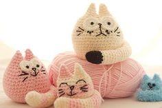 Three Fat Cats ~ free pattern  ༺✿Teresa Restegui http://www.pinterest.com/teretegui/✿༻