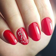 Red sexy nails. Simple but perfect.