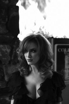 Christina Hendricks - Essa mulher é linda... com todo respeito!