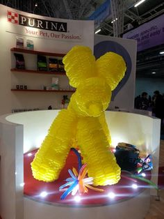 Biggest balloon dog ever!