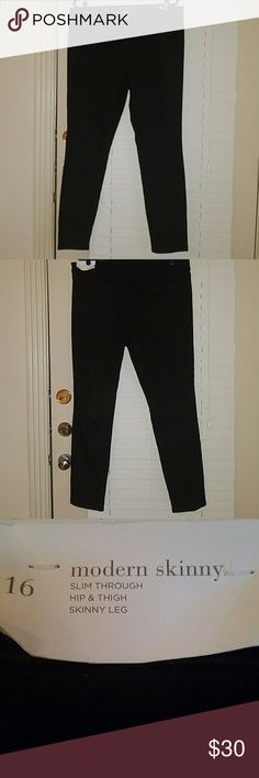 NWT - Modern Skinny Loft Jeans NWT - Black Modern Skinny Loft Jeans. Comes from smoke free and pet free home. LOFT Jeans Skinny