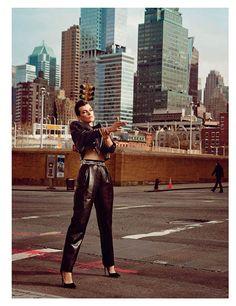 Milla-Jovovich_Vogue-Paris_03