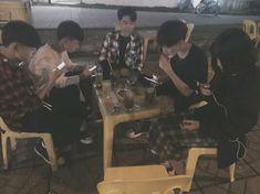 Korean Boys Ulzzang, Cute Korean Boys, Ulzzang Korea, Ulzzang Couple, Ulzzang Boy, Cute Boys, Boy And Girl Best Friends, Korean Best Friends, Bff Goals