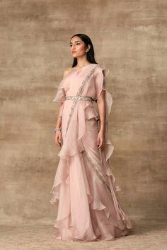 Buy Pre-Draped Saree with Blouse by Ridhi Mehra at Aza Fashions Lehenga Designs, Saree Designs Party Wear, Saree Blouse Patterns, Saree Blouse Designs, Dress Indian Style, Indian Dresses, Indian Clothes, Indian Designer Outfits, Designer Dresses