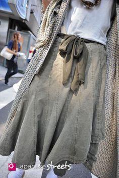 120728-5649 - Japanese street fashion in Harajuku, Tokyo.