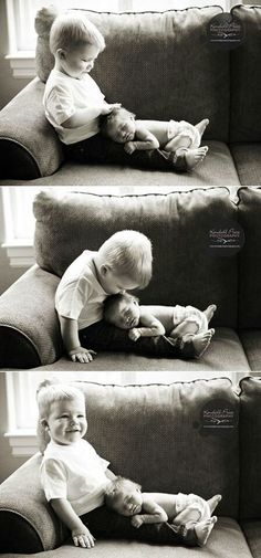 This makes me smile.. what a great sibling photo idea! :D