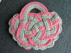 Celtic Knot Crochet: Handbasket Knot by Jennifer E Ryan