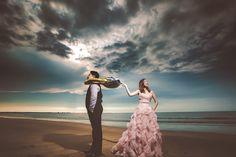 婚紗影像/Pre-Wedding Photo 新人:明德&春蘭 造型: Judy茱蒂文創.婚禮 IRIS 禮服:Judy 茱蒂文創 · 婚禮 Partner::Raven Photography by:包子葉