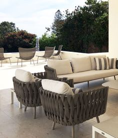 Project peek: Love this installation for this stunning loggia and terrace - talk about serene! 🌞