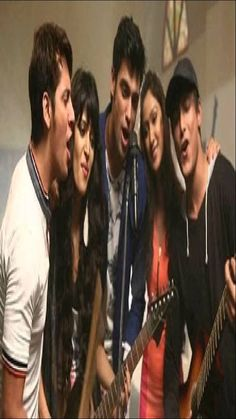 This song was played by fab 5 at the warrior high in freshers party. I liked it but couldnt find it so extracted the audio and shared this to make your wor. Cute Celebrities, Celebs, Freshers Party, Charlie Chauhan, Warrior High, Friendship Video, Song Status, Bff Pictures, Drama Movies