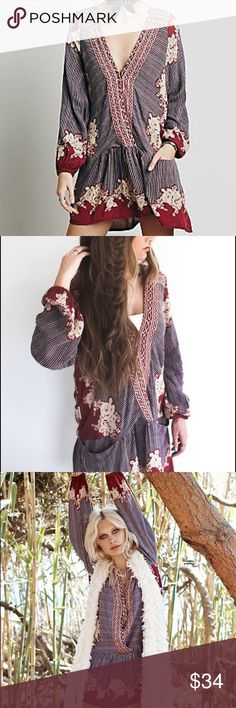 """Border Print Dropwaist Longsleeve Tunic DRESS Red BRAND NEW!! Effortless printed dropwaist tunic dress features a surplice V-neckline, front slip pockets, and a gorgeous mixed floral print for the perfect vintage vibe. Longsleeves and a flowy hemline round off a flattering, & effortless silhouette. Also wears beautifully over your fav jeans or leggings.🌟 Similar style by Free People.🌟  - 100% Rayon - Measurements (M): Bust: 42.0""""  Length: 31.0""""  Sleeve Length: 25.0""""   🌟Item is BRAND NEW…"""