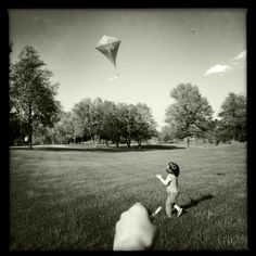 Black and white iphone4s photography iphoneography spring kite fun