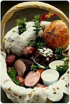 Polish Easter, Easter Baskets, Cheese, Traditional, Trotter, Food, Ancestry, Spring, Globe