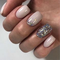 An Honest Perspective on New Years Nails Top New Years Nails Secrets When to get ready for a party then obviously you also concentrate on your nails. If you would like nails which look as gre. New Year's Nails, Hair And Nails, Nails For New Years, Perfect Nails, Gorgeous Nails, Cute Nails, Pretty Nails, Dipped Nails, Nagel Gel