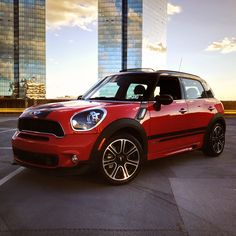 The only car that can one-up a sunset… a Chili Red MINI Countryman. #DefiantlyDifferent