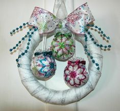 Easy quilted ornament wreath