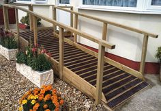 Use something rough to keep ramps from being slippery. Porch With Ramp, Trailer Ramps, Wooden Ramp, Handicap Ramps, Ramp Design, Access Ramp, Wheelchair Ramp, Dog Ramp, Mobile Home